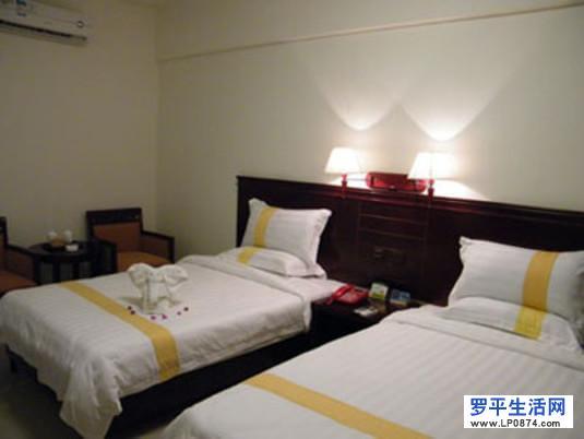罗平润民旅馆