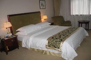 罗平光明宾馆